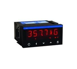 OM 502 Panelové programovateľné prístroje, voltmetre a ampérmeter
